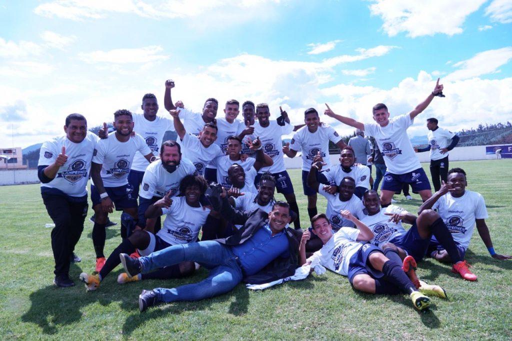Con un gol de tiro libre anotado por Washington Vera a los 41 minutos de juego, Guayaquil Sport venció 0-1 a Cumbayá en la final única jugada en Otavalo y se consagró monarca del Campeonato Ecuatoriano de Fútbol de Segunda Categoría 2020.